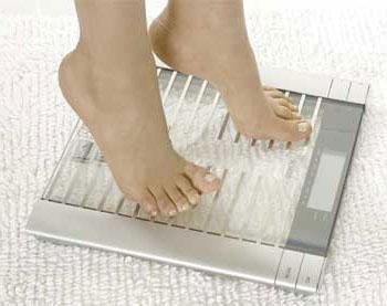 Почему нельзя смотреть на весы каждый день?