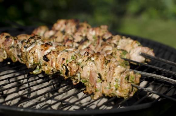 Лучшие маринады для шашлыка из курицы, говядины, свинины и баранины фото 1