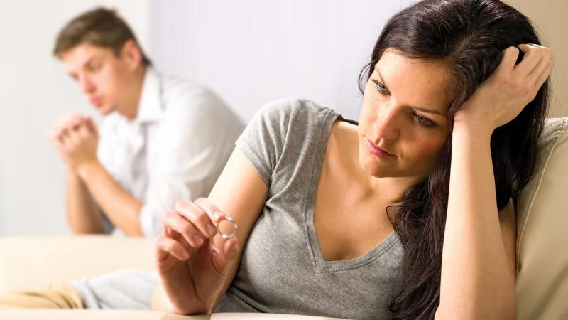 Ошибки конспирации: 9 признаков измены, которые мужчины не скрывают в соцсетях
