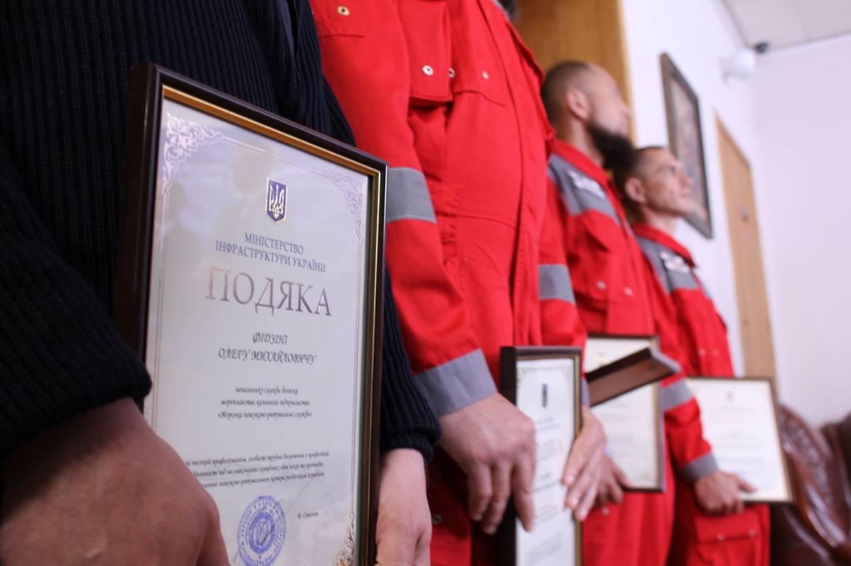 Слава быстро с..валившим героям!: На Украине наградили экипаж катера, вошедшего в российские воды вблизи Крыма
