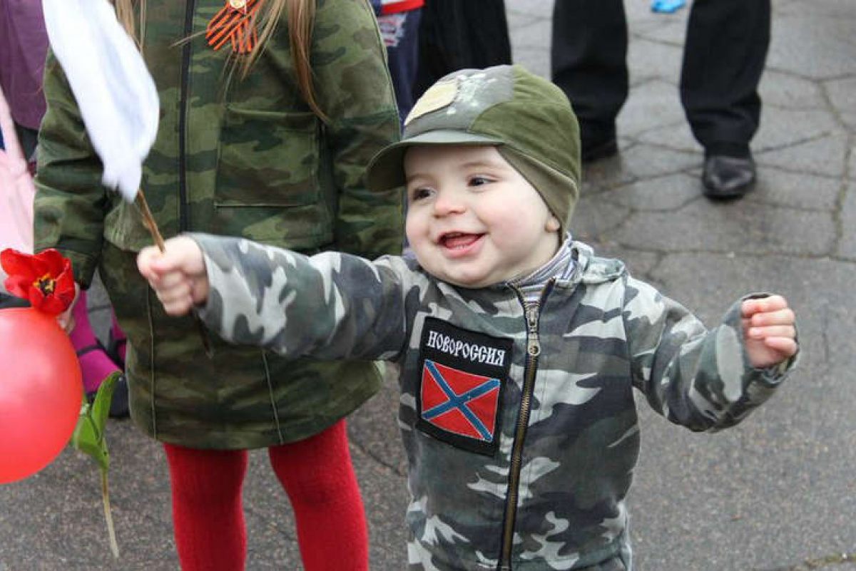 Военные ДНРнеоставляют дет…
