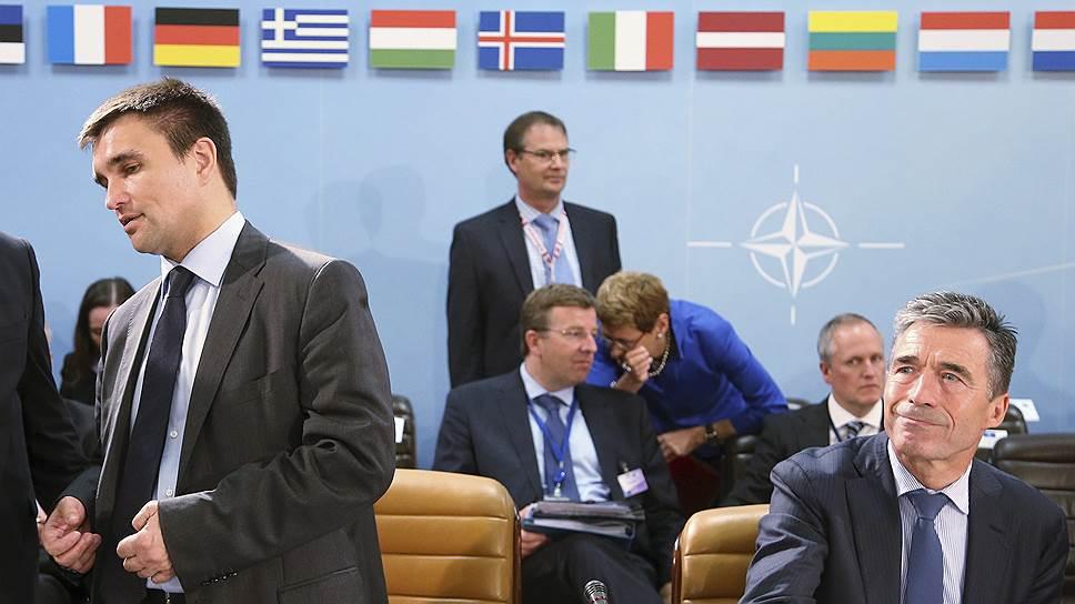 НАТО диктует России мирный план