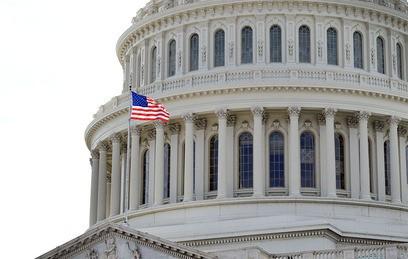 """В Конгрессе США """"счастливы"""" рассмотреть новые санкции против России"""