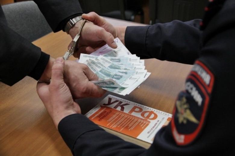 В Калининграде 18 полицейских отказались от получения взяток