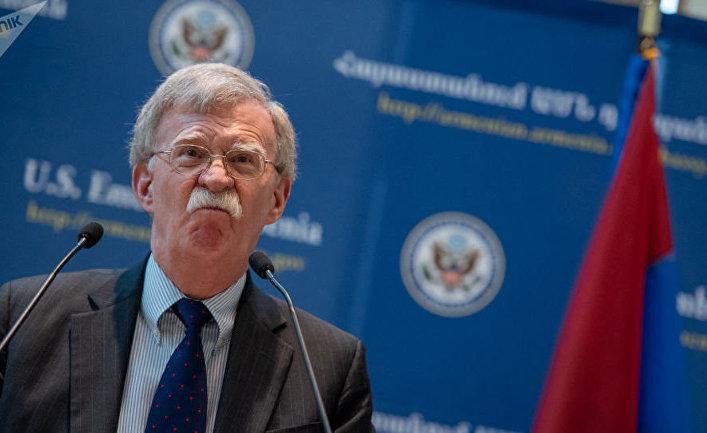 Stratfor (США): США сосредоточат усилия на граничащих с Россией районах