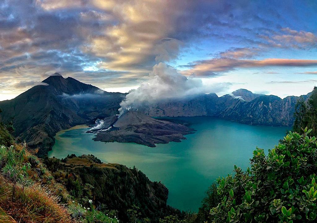 Lombok индонезия