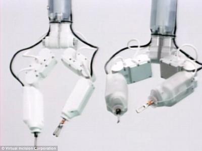 Новые космические роботы-хирурги смогут оперировать астронавтов изнутри