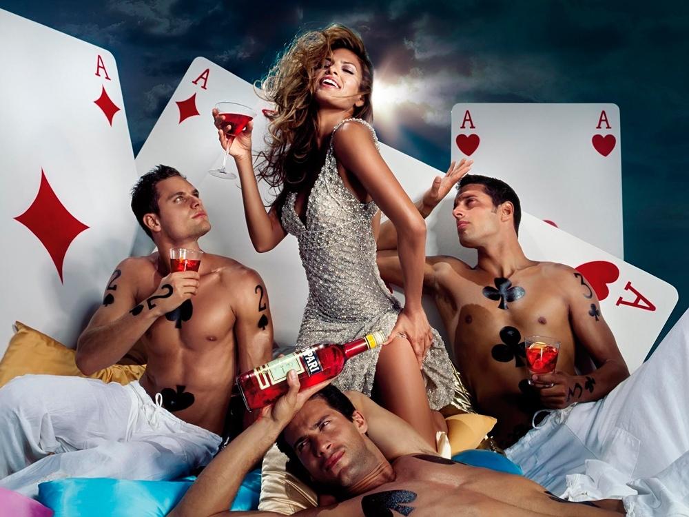 51Десять парней и одна девушка порно фильмы