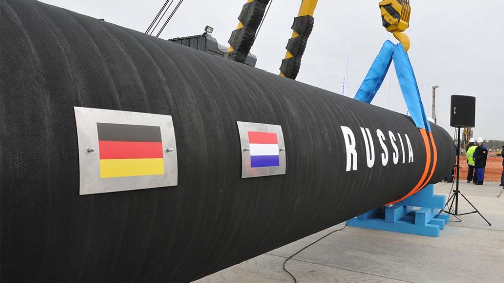 Истерика вокруг российского газа. Меркель едет к Путину