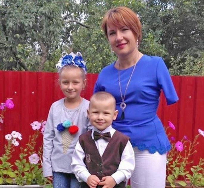 """Вера Фещук: """"Дочь часто спрашивает: """"Мама, а почему у тебя нет ручек?"""" и тут же, крепко обняв меня…"""
