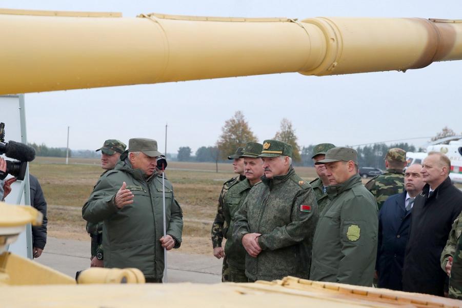 Беларусь не верит в защиту России на все 100%