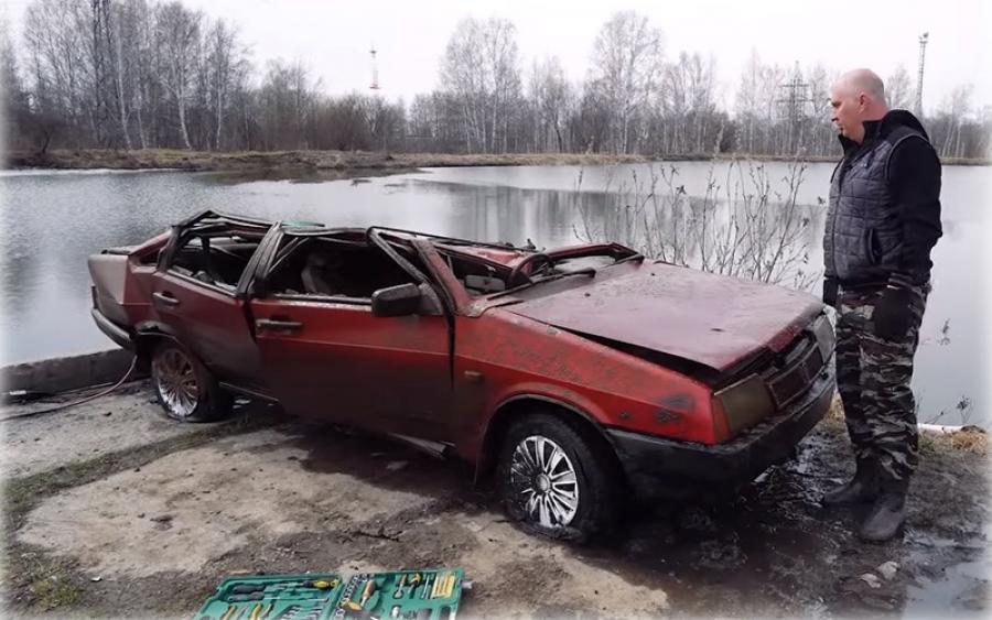 Блогер завел ВАЗ-21099, пролежавший полгода на дне озера Featured