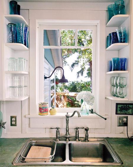 3 простых гениальных решения для очень маленькой кухни фото 7