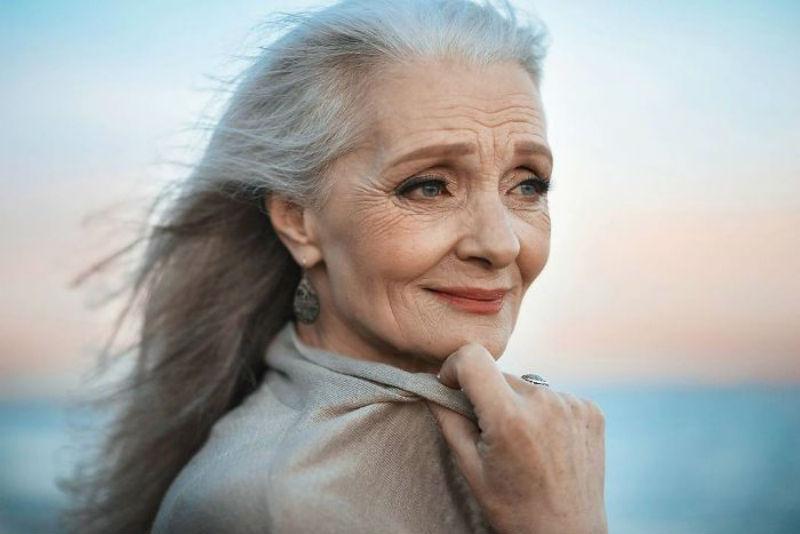 На подиум идут одни старики: как мода меняет отношение пожилых людей к жизни