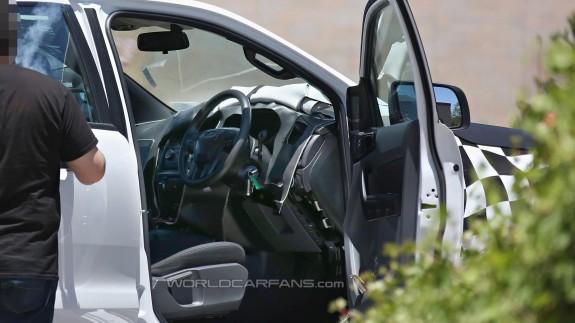 Обновленный пикап Ford Ranger осмотрен со всех сторон