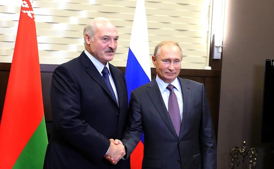 Путин и Лукашенко завершили переговоры по вопросам поставок газа