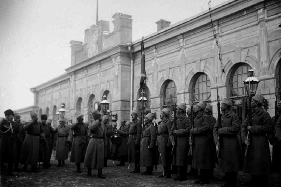 Что делал в Кирове Николай II