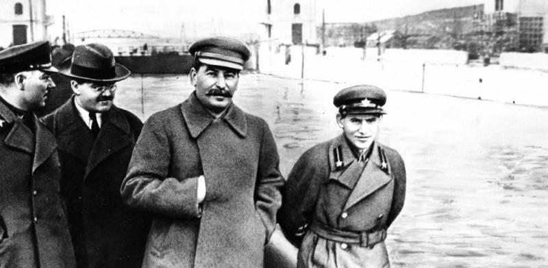 Как и кого репрессировали при Сталине. В ЦРУ назвали число жертв репрессий