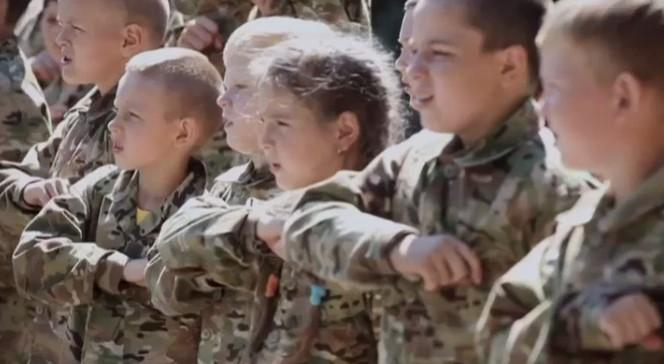 Мы — дети Украины! Пусть Москва лежит в руинах — опубликовано видео из лагеря под Киевом