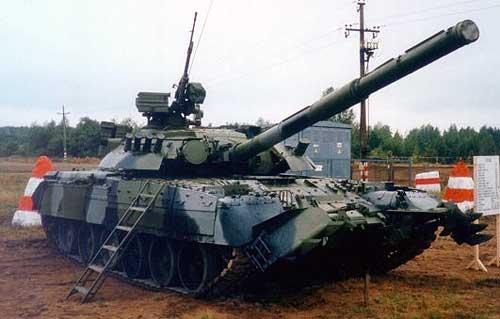 Танк Т-80 оснащен приборами ночного видения
