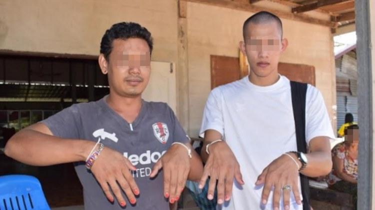В тайской деревне после смер…