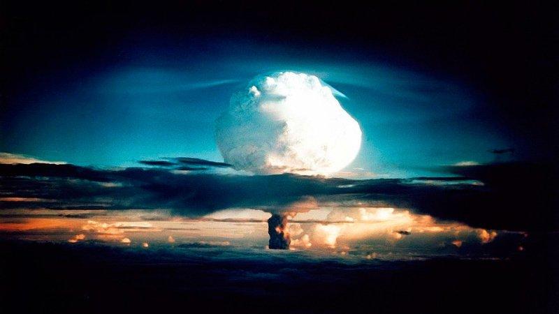 Что страшнее атомной войны: россияне ответили американцам, обсуждающим «самое смертоносное оружие России»