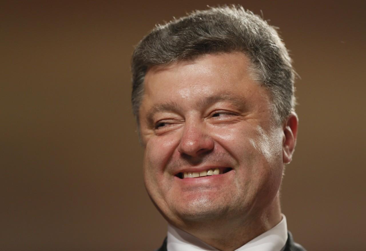 Порошенко обрадовался российским санкциям