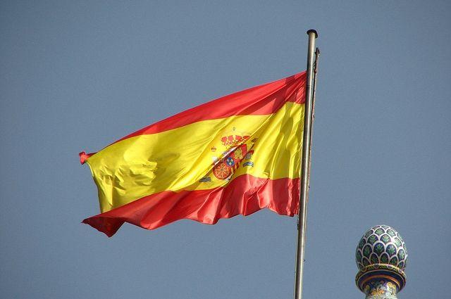 Новое правительство Испании собирается перезахоронить останки Франко