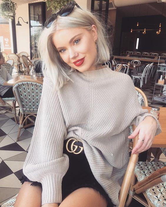 С чем носить длинный свитер, хит осеннего сезона