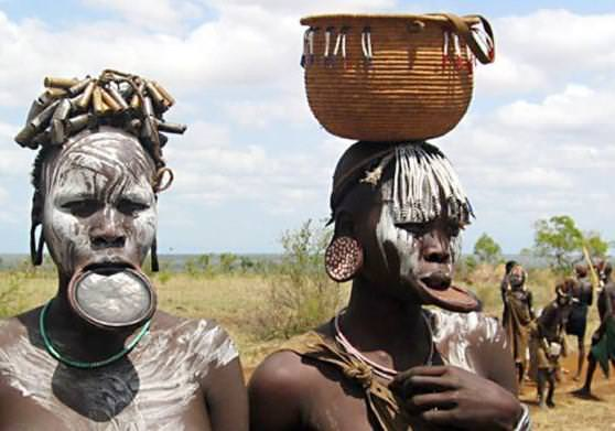 В Конго стартовала гуманитар…