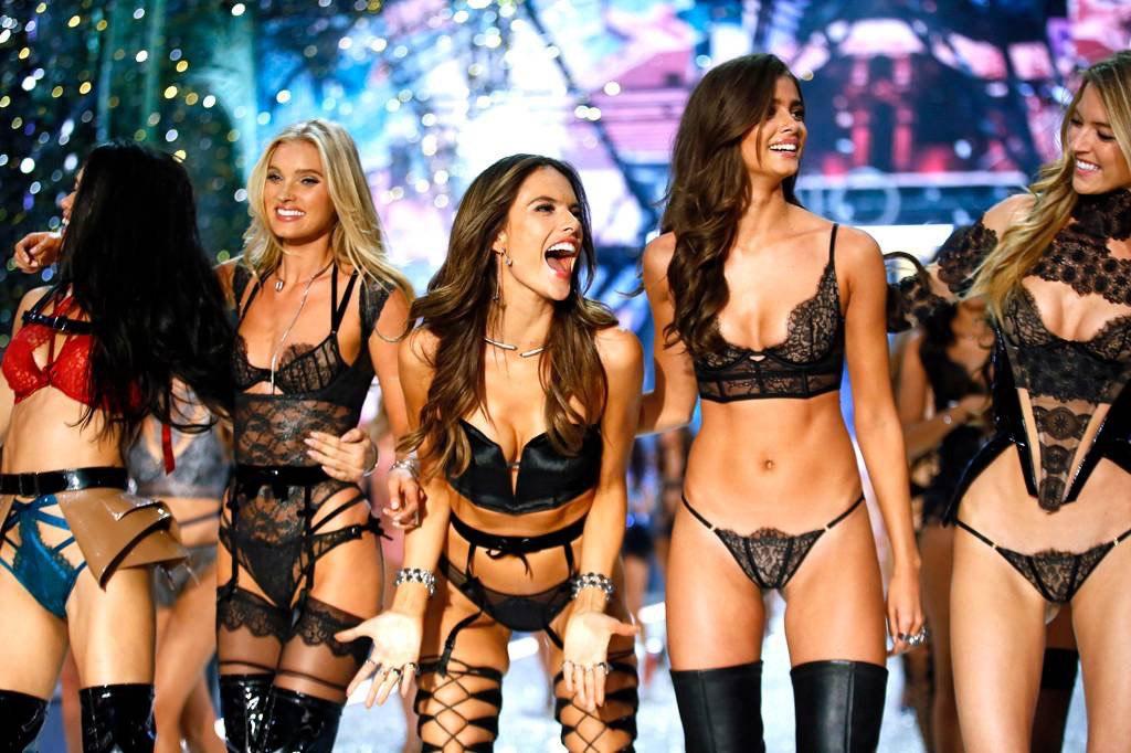 Легендарного шоу Victoria's Secret больше не будет