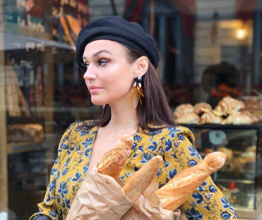 Мне - яйца, ему - булочки: Алена Водонаева рассказала о еде и отношениях с мужем