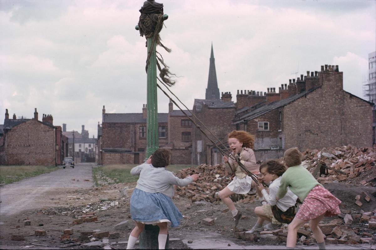 Обаяние трущоб Манчестера в фотографиях Ширли Бейкер 1960-х годов 2
