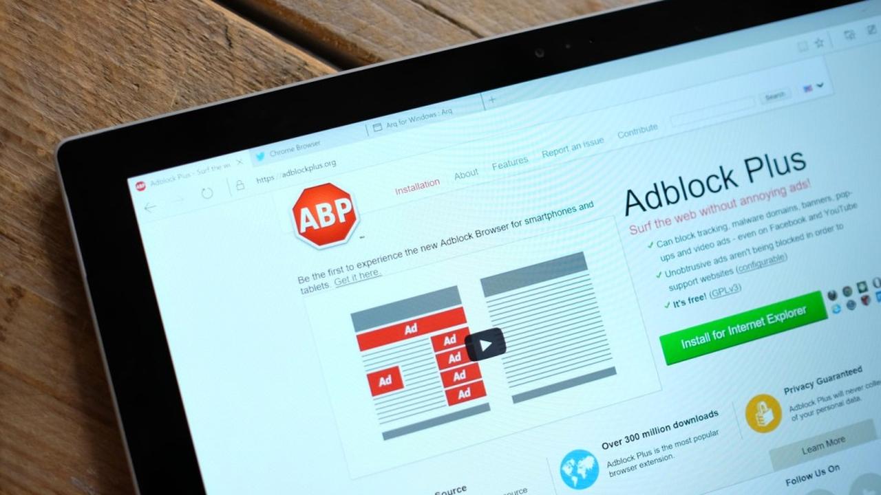 Adblock Plus помешает соцсет…