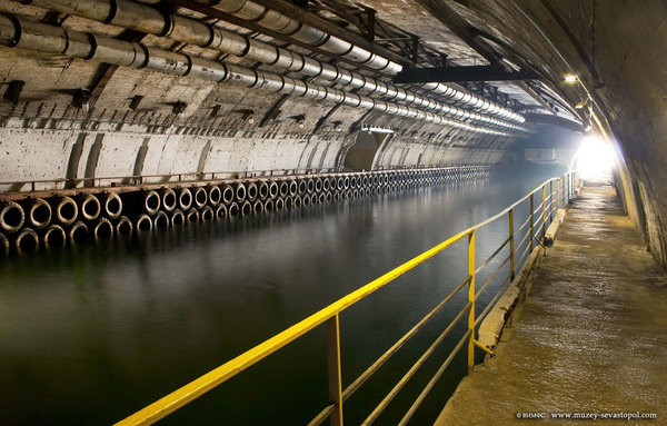 Объект 825: секретная российская подземная военно-морская база