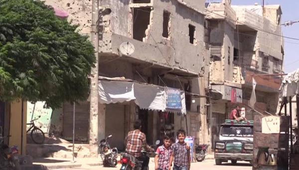 Беженцы возвращаются в Сирию…