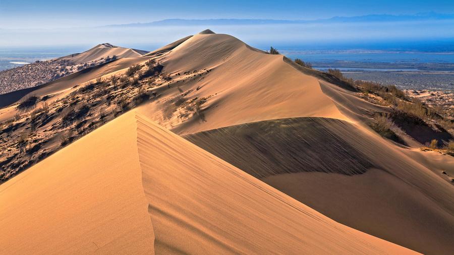 О чём поют пески?