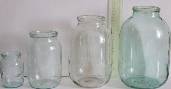 Для создания этой красоты нужны всего лишь пара стеклянных банок, салфетки и клей