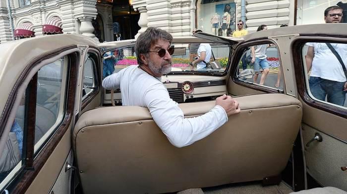 9 шикарных автомобилей, на которых колесят скандальные российские знаменитости