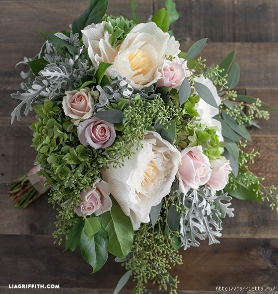 Свадебный букет из свежих листьев и цветов из гофрированной бумаги (6) (560x592, 313Kb)