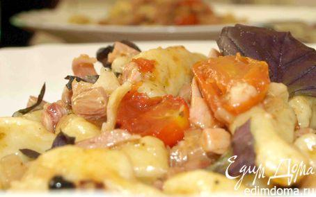 Рецепт – Картофельные ньокки (клецки) с помидорами черри и копченой курицей