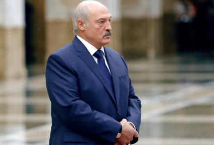 Белоруссия приспускает флаги в знак солидарности с Россией