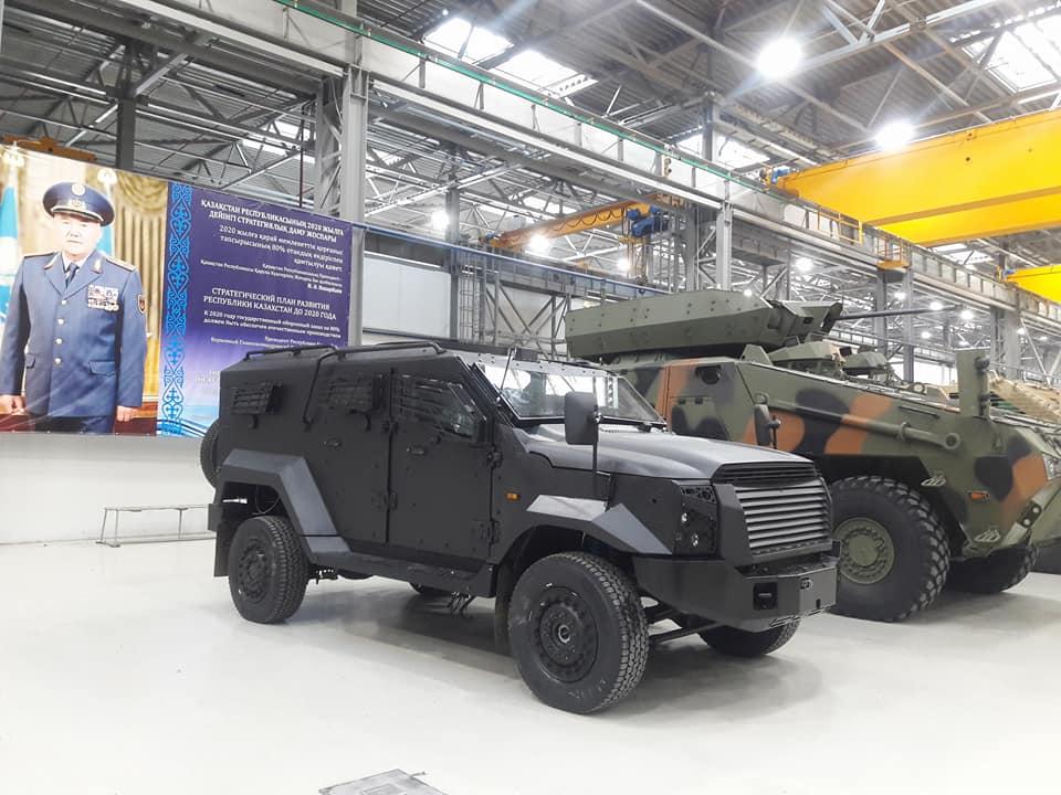 Сборка бронеавтомобилей SandCat Stormer в Казахстане