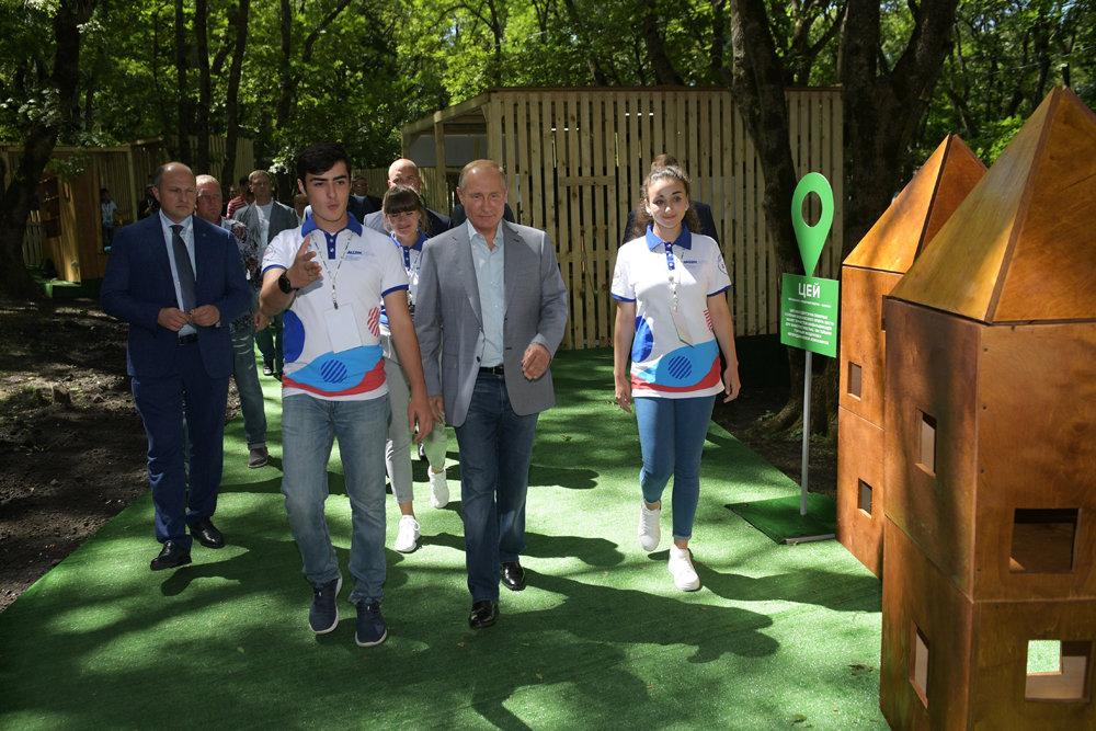 Путин отметил эффективность общественной кампании по борьбе с алкоголизмом