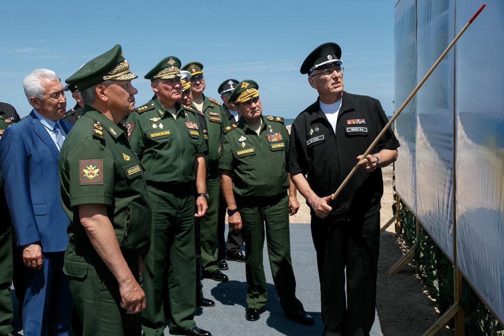 Каспийские военные корабли перебазируются в Дагестан