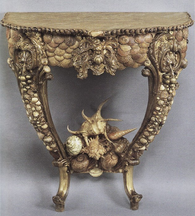 "Мебель в стиле ""Grotto"" и разные разности из морских раковин"