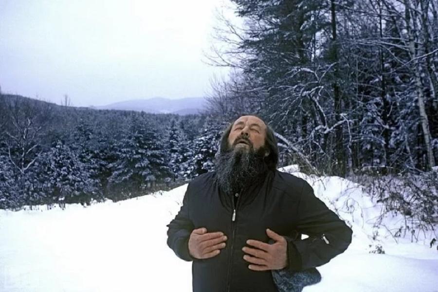 Об апологии предателей-власовцев лауреатом Солженицыным