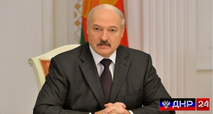 Лукашенко готов отправить миротворцев на Донбасс