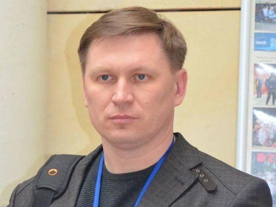 Заммэра Славянска выкинули из бара за просьбу выключить российские песни