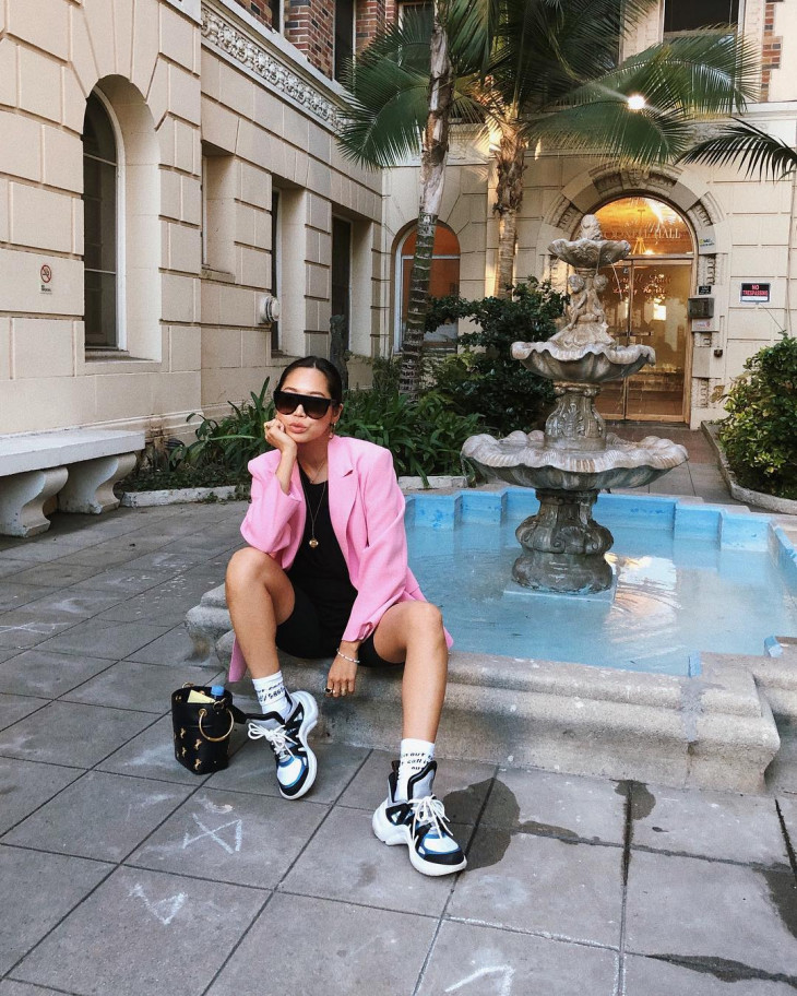 неоновый цвет - модный тренд 2018 - блейзер